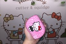 Hello Kitty / The adorable Kitty White and Tangle Teezer finally come together <3