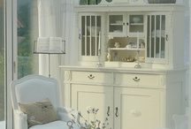 White ~ Simply White / by The Decorated House ~ Donna Courtney