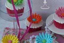Cupcakes by Icing and Crumbs