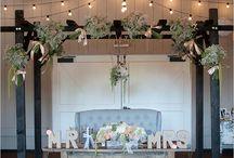 sweetheart table/head table