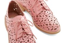 sepatu wanita dan high heels