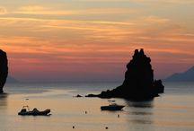 Sicile / Les Covoyageurs, vous emmène sur ce petit bout d'Italie à la découverte d'Eole et de ses Îles.