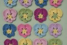Hækle blomster og planter