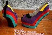 Sepatu model unik dari Paris Lovely Shoes