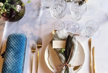 Napkin styling / Napkins might be square, but you can use them in so many ways to create a stunning welcome for your wedding breakfast!