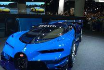 Cars / Hier sind sehr coole Wagen versammelt