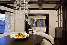 Home Decor: Dining Room / by Amanda Jones