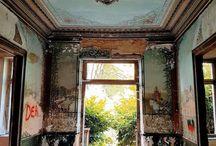 Casas abandonadas com muito estilo