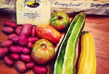 How To Shop At A Farmers' Market  / Ideas and information on how to shop at a Farmers' Market!