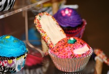 Cupcakes! / by Simply Gifted Store.com