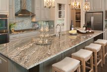Kitchen / Color/Cabinets/Island/Knobs/Lights