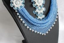 Necklace Beadwork / by Frances Bennett
