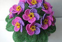 Kwiaty koralikowe
