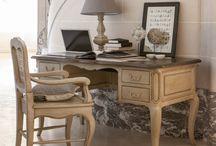 Style Château / Castle style / #InteriorsFrance #StyleChateau #Chateau #Castle #meuble #meubles #decoration #deco #furniture
