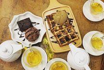 Passing some sugar to you ! Never goes wrong with this ! #dessert #desserttable #desserts #dessertporn #desserttime #explore #wanderlust #Asia #chocolatebrownie #icecream
