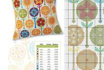 yastik icin kanavice sablonlari / pillows cross stitch crafts