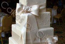 Wedding cakes / by Jamie Points