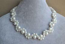 náhrdelníky a retiazky