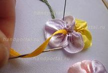 Fleurs ruban de satin