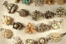 Buttons,Bows & Baubles / by Claudia Tyler
