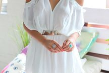 Cute play suit / Play suit white