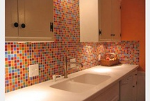 Susan Jablon Kitchen Tile Ideas / Whether you want something classic and elegant or bright and fun, come to Susan Jablon Mosaics for a custom backsplash designed just for you!