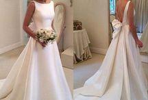Wedding dresses/hair