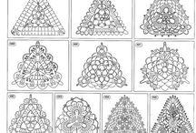 Háčkované trojuholníkové motívy