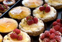 Baking / by Naomi Nieser-Allen