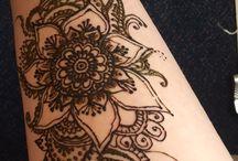 Henna leg