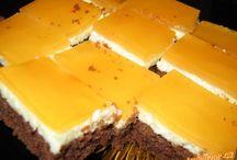 koláč nahoře s želé