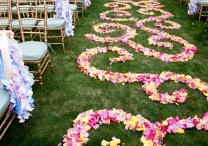 Down the Aisle / Great ideas for wedding aisles