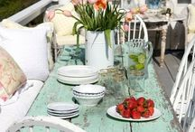 DECOR - Perfectly Peaceful Porches / Nothing more relaxing than sitting on a pretty porch in the evening!
