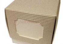 2018 scatoline e contenitori portaconfetti fai da te / Scatoline portaconfetti per bomboniere . Disponibili per ogni tipo di evento: Comunione, Cresima, Laurea, Matrimonio, Anniversari, battesimo e Nascita e quant'altro. Tutto per il fai da te.