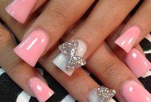Nails & Toenails  / by Lisa Valles-Buck