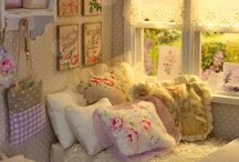 Dollhouse Rooms / Roomboxes, miniature rooms and ambiances