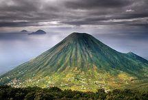Places I'd love to go / by Ruben Alvarado