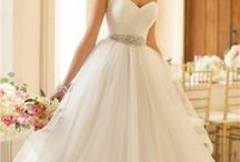 Wedding Dresses (Ball Gowns) / In this folder you will find ideas and shapes and different lace textures for the Ball Gown or Princes Style, of all over the world.