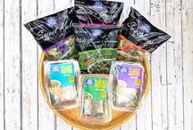 Eat Smart® Salad Kits: 2015 / by Clever Girls