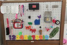 Activity bord - sensory bord / Activity bord DIY. Only glue and cable ties