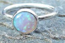 Opal / Gems