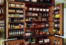 Tidy Up Organizing :: Kitchen / St. Louis County, MO Professional Organizer. #Organizing #pantry #TidyUpSTL  The place where you probably spend most of time should be your favorite place to be! These are some ideas to make your kitchen fabulous!