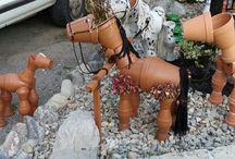virágcserépből lovacska