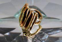 anelli / gioielli in bronzo, fatti a mano con disegno originale.