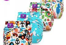 """Pocketwindeln One Size - Stoffwindeln - cloth diapers / POCKETWINDEL """"Taschenwindel"""" Das zweiteilige Stoffwindel System besteht aus einer wasserdichten  Außenhülle, die innen mit Stoff ausgekleidet ist. Saugeinlagen werden in eine Taschenöffnung im Innern der Windel geschoben. So vorbereitet einfach anzulegen wie eine AIO."""