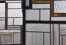 MATERIAL glass