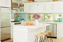 cristal en cocina y muebles altos