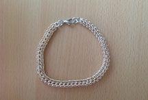 Sieraden van Thea / Chainmail full persian armband met silverplate ringetjes.