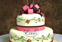 Bridal Shower Cakes / A collection of our bridal shower cakes. - EddasCakeDesigns.com