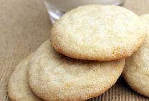 Cookies&sweets / by Roslyn Walton